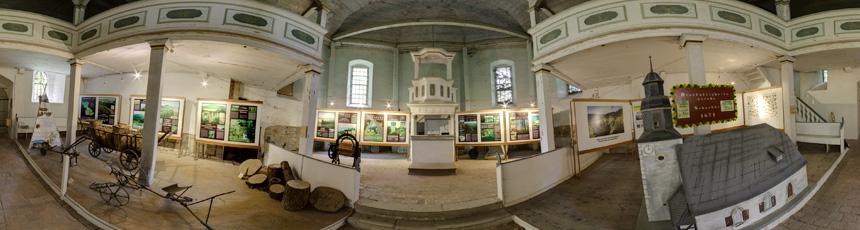 Naturparkausstellung in der ehemaligen Marienkirche Creuzburg